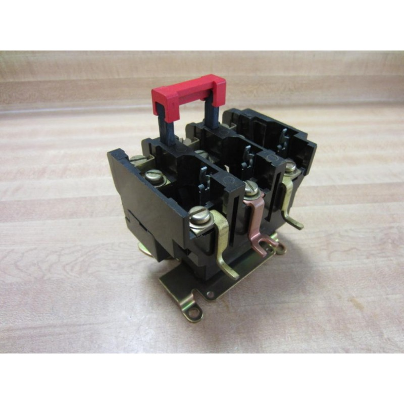 Square D Relay Overload Relay 3 Pole - Used