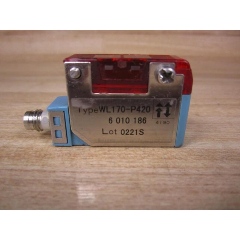 ONE NEW SICK WL170-P420